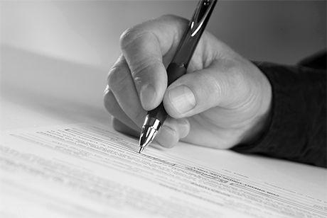 Dirigeant de fait : la signature sur les comptes n'est pas suffisante